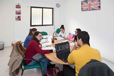 Liceo - Idiomas y servicio de traduccion